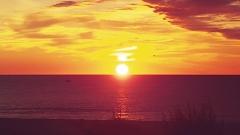 Aphrodite Village Naturiste - Lever de soleil à la plage © Locations-leucate.com