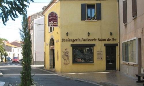 Boulangerie dans Leucate Village - © Locations-Leucate.com
